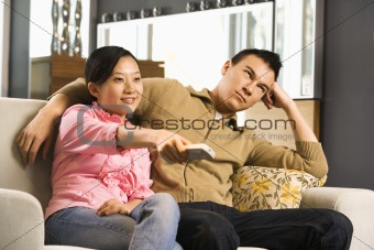 pareja-tv.jpg